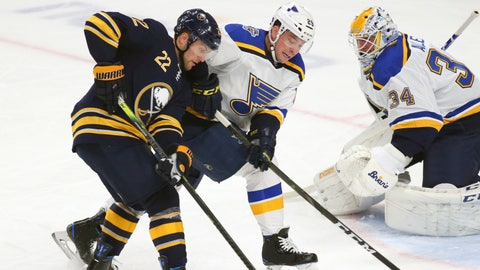 Eichel stays hot, lifts Sabres past Blues
