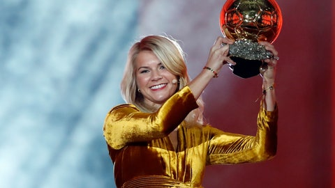 <p>               FILE - In this Dec. 3, 2018 file photo, Olympique Lyonnais soccer player Ada Hegerberg celebrates with the Women's Ballon d'Or award during the Golden Ball award ceremony at the Grand Palais in Paris, France. Hegerberg's soccer season is over to have surgery on her injured right knee. European champion Lyon said Tuesday, Jan. 28, 2020 that the star striker ruptured her anterior cruciate ligament in a training session. (AP Photo/Christophe Ena, File)             </p>