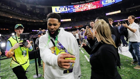 <p>               FILE - In this Tuesday, Jan. 14, 2020 photo, Cleveland Browns wide receiver and former LSU star Odell Beckham Jr. walks off the field after the NCAA College Football Playoff national championship game between Clemson and LSU in New Orleans. The New Orleans Police Department said Saturday, Jan 18, 2020, that a misdemeanor simple battery warrant for Beckham has been rescinded. (AP Photo/Gerald Herbert, File)             </p>