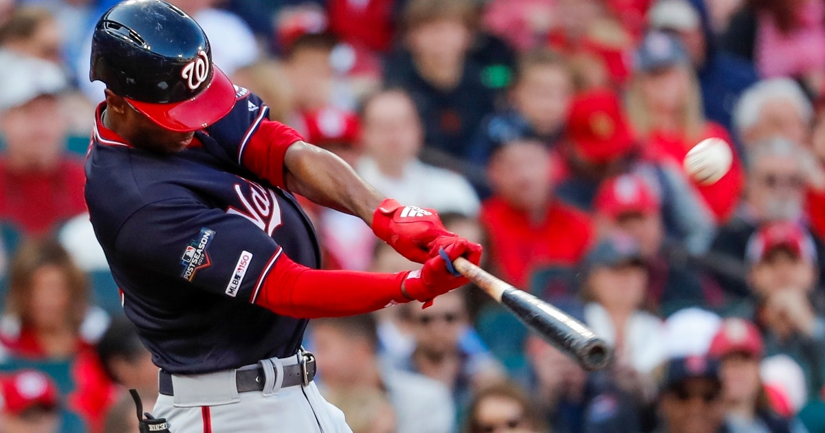 Royals sign free agent outfielder Michael Taylor
