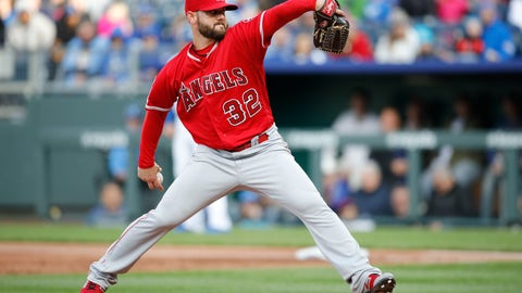 <p>               FILE - In this April 27, 2019, file photo, Los Angeles Angels pitcher Cam Bedrosian throws during the first inning of the team's baseball game against the Kansas City Royals at Kauffman Stadium in Kansas City, Mo. Bedrosian agreed to a $2.8 million, one-year contract with the Angels on Thursday, Jan. 9, 2020, that avoided arbitration. Bedrosian, a 28-year-old right-hander, completed his sixth season in the Angels' bullpen last year with a 3.23 ERA in 59 appearances, including seven short starts. His 1.14 WHIP was his best since 2016, but he converted just one of his four save opportunities. He made $1.75 million. (AP Photo/Colin E. Braley, File)             </p>