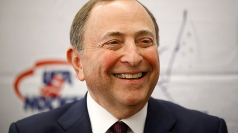 <p>               NHL Commissioner Gary Bettman speaks with members of the media before being inducted into the U.S. Hockey Hall of Fame, Thursday, Dec. 12, 2019, in Washington. (AP Photo/Patrick Semansky)             </p>