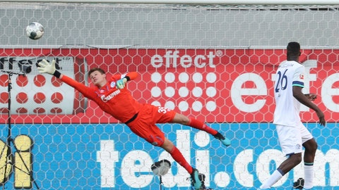 <p>               FILE - In this Sunday Sept. 15, 2019 file photo, Schalke's goalkeeper Alexander Nubel tries to save a goal scored by Paderborn's Cauly Oliveira Souza, not pictured, during their German Bundesliga soccer match in the Benteler-Arena in Paderborn, Germany. Bayern Munich has found its replacement for captain Manuel Neuer. The Bavarian powerhouse has agreed on Saturday, Jan 4, 2020 to sign goalkeeper Alexander Nubel on a free transfer from Schalke on July 1.(Friso Gentsch/dpa via AP, file)             </p>