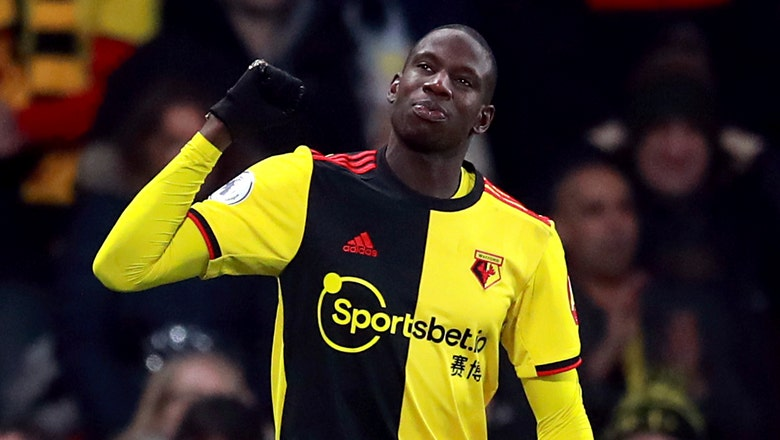 Resurgent Watford hangs on for 2-1 win over Wolves in EPL