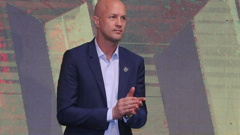 <p>               Jordi Cruyff attends an event where he is introduced as the new coach of Ecuador's national soccer team in Quito, Ecuador, Monday, Jan. 13, 2020. Cruyff is the Dutch son of the legendary soccer player Johan Cruyff. (AP Photo/Dolores Ochoa)             </p>