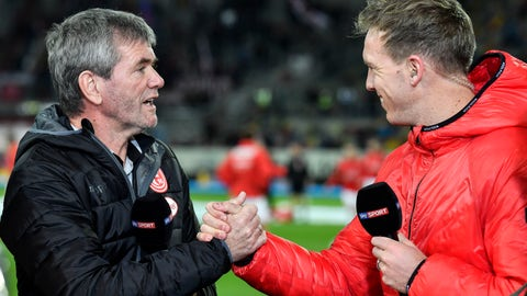 <p>               Duesseldorf's head coach Friedhelm Funkel, left, shakes hands with Leipzig's head coach Julian Nagelsmann, right, prior the German Bundesliga soccer match between Fortuna Duesseldorf and RB Leipzig in Duesseldorf, Germany, Saturday, Dec. 14, 2019. (AP Photo/Martin Meissner)             </p>