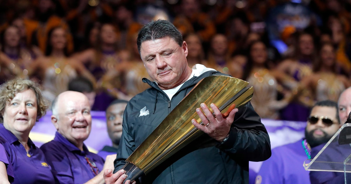 LSU's Orgeron agrees to new 6-year, $42 million contract | FOX Sports