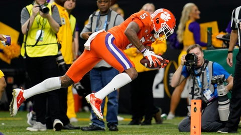 <p>               Clemson wide receiver Tee Higgins scores against LSU during the first half of a NCAA College Football Playoff national championship game Monday, Jan. 13, 2020, in New Orleans. (AP Photo/David J. Phillip)             </p>