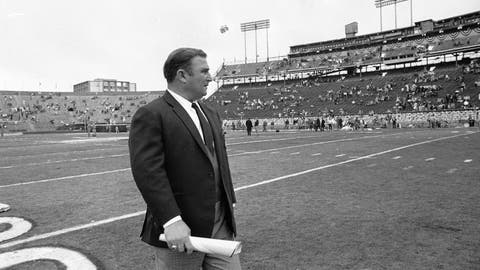 <p>               FILE - In this Jan. 11, 1970 file photo, Kansas City Chiefs coach Hank Stram walks on the field prior to the Super Bowl game with the Minnesota Vikings in New Orleans.   As the Chiefs prepare to play the San Francisco 49ers on Sunday, Feb. 2, 2020, many members of the 1970 team never lived to see the the Chiefs return to the championship game, and many others are in failing health.    (AP Photo)             </p>