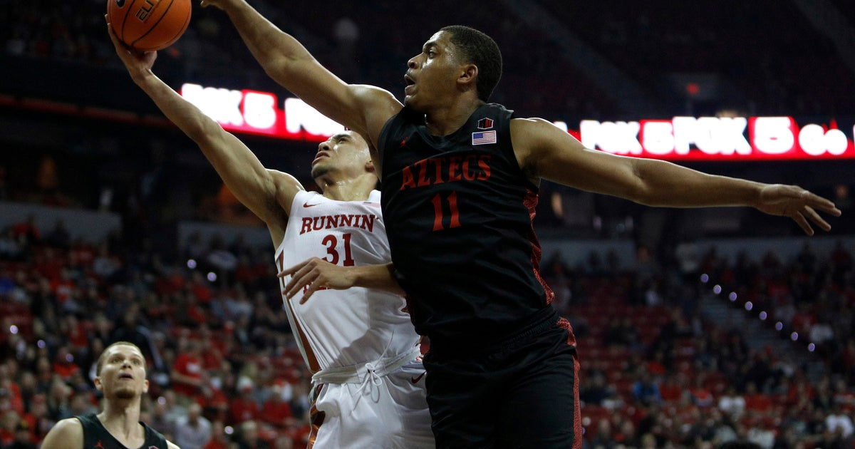 No. 4 San Diego St remains unbeaten with 71-67 win over UNLV | FOX Sports