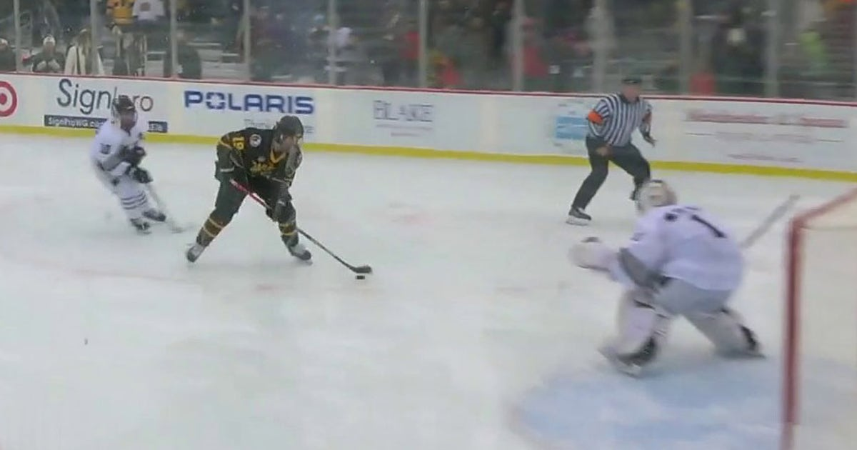 HDM: Warroad scores early and often in 5-1 win over Minneapolis | FOX Sports