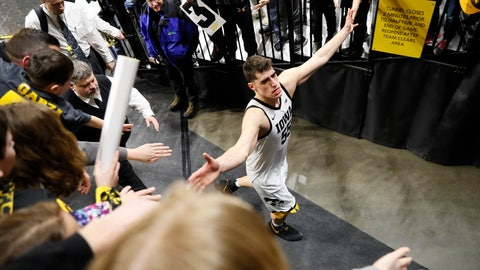 <p>               Iowa center Luka Garza greets fans after an NCAA college basketball game against Ohio State, Thursday, Feb. 20, 2020, in Iowa City, Iowa. Iowa won 85-76. (AP Photo/Charlie Neibergall)             </p>
