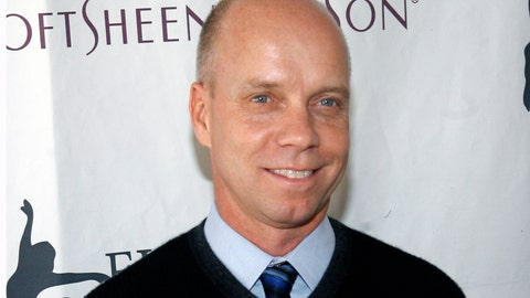 """<p>               FILE - In this April 9, 2007 file photo, former Olympic figure skating gold medalist Scott Hamilton arrives for Figure Skating In Harlem's annual gala """"Skating with the Stars"""" at Central Park's Wollman Rink in New York. Scott Hamilton gets goosebumps at the mention of Lake Placid. Forty years later, Hamilton will be among an array of athletes returning to celebrate the Olympics of the """"Miracle on Ice"""" — when the U.S. hockey team upset the mighty Soviet Union — as well as Eric Heiden's five speedskating gold medals, all in record time and outside in the elements. (AP Photo/Jason DeCrow, File)             </p>"""