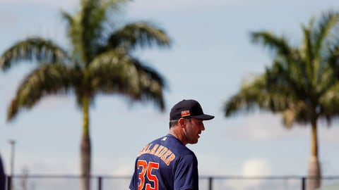 <p>               Houston Astros pitcher Justin Verlander (35) watches before throwing during spring training baseball practice, Tuesday, Feb. 18, 2020 in West Palm Beach, Fla. (Karen Warren/Houston Chronicle via AP)             </p>