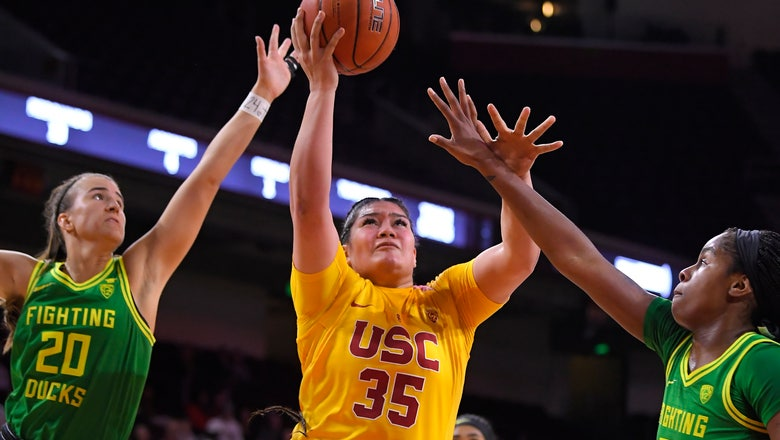 Boley, No. 3 Oregon women rout Southern California 93-67
