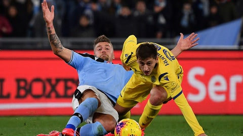 <p>               Lazio's Sergej Milinkovic-Savic, left, and Verona's Marash Kumbulla battle for the ball during the Italian Serie A soccer match between Lazio and Hellas Verona at the Stadio Olimpico in Rome, Wednesday, Feb. 5, 2020. (Alfredo Falcone/LaPresse via AP)             </p>