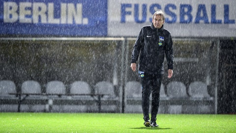 <p>               FILE - In this Wednesday, Nov. 27, 2019, file photo, Juergen Klinsmann attends his first train session of German first division Bundesliga soccer team Hertha BSC Berlin in Berlin, Germany. Klinsmann had said he had left Hertha BSC because he couldn't work with the German coaching model, where a team manager shares responsibility for player signings and welfare. Klinsmann wanted full control for every sporting aspect. (Britta Pedersen/dpa via AP)             </p>