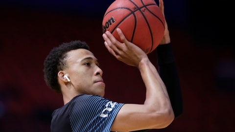 """<p>               In this Oct. 18, 2019, photo, Roderick """"R. J."""" Hampton of the New Zealand Breakers warms up before their basketball game against the Sydney Kings in the National Basketball League in Sydney. Teenage star Hampton has ended his short sojourn in New Zealand and Australian basketball and is returning to the United States to recover from a hip injury and prepare for the NBA draft. (AP Photo/Rick Rycroft)             </p>"""