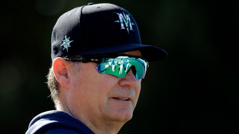 <p>               Seattle Mariners manager Scott Servais watches spring training baseball practice Thursday, Feb. 13, 2020, in Peoria, Ariz. (AP Photo/Charlie Riedel)             </p>