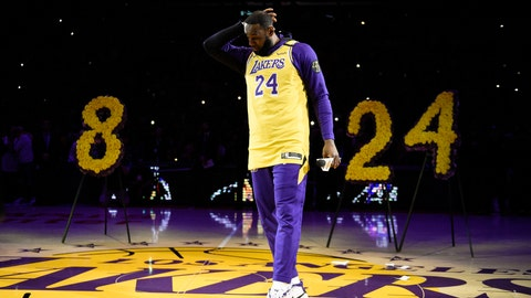<p>               Los Angeles Lakers forward LeBron James looks down while speaking to the crowd in remembrance of Kobe Bryant, prior to the team's NBA basketball game against the Portland Trail Blazers in Los Angeles, Friday, Jan. 31, 2020. (AP Photo/Kelvin Kuo)             </p>