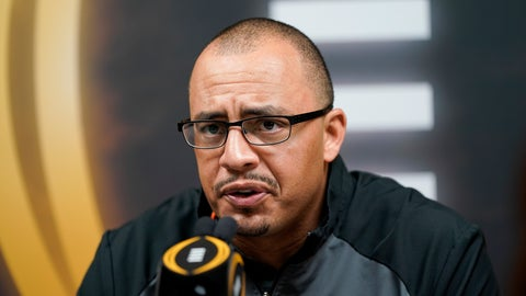 <p>               Clemson co-offensive ordinator Tony Elliott speaks during media day for NCAA College Football Playoff national championship game Saturday, Jan. 11, 2020, in New Orleans. Clemson is scheduled to play LSU on Monday. (AP Photo/David J. Phillip).             </p>