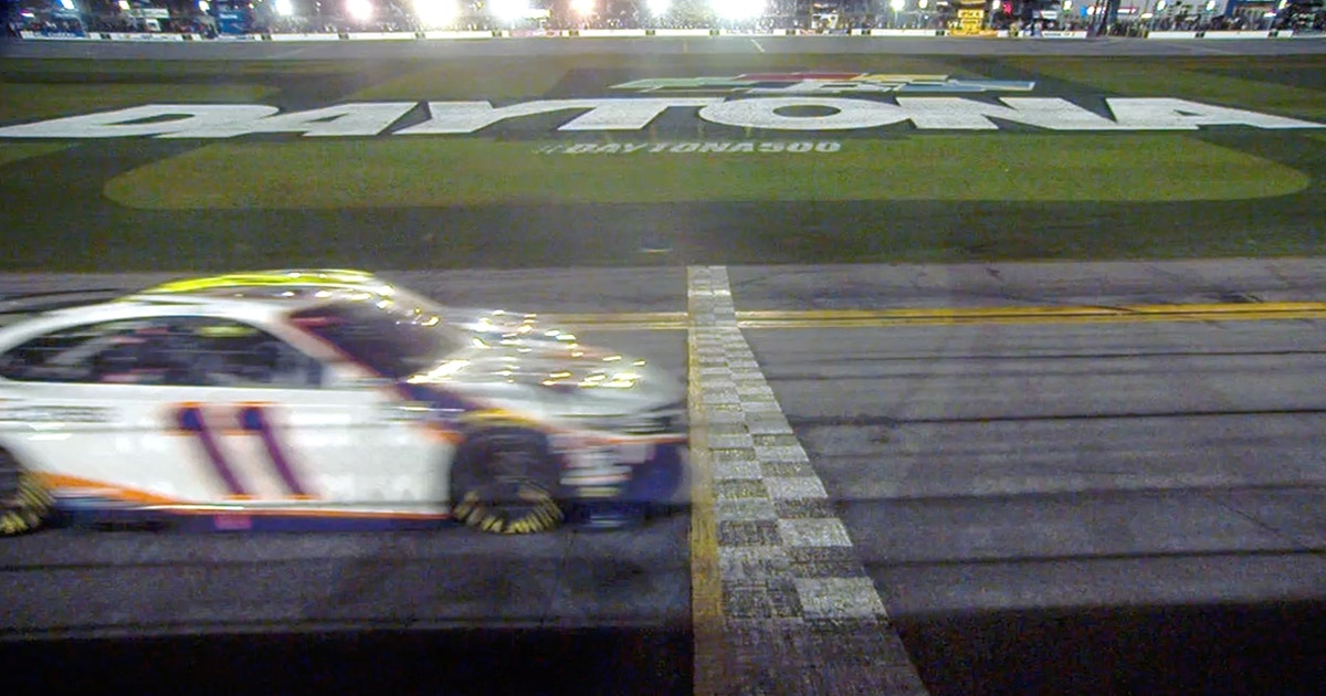 Denny Hamlin celebrates his second straight Daytona 500 victory in second closest finish in race's history (VIDEO)