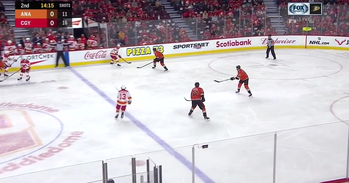 HIGHLIGHTS: Ducks let one slide against the Flames, lose 6-4 (VIDEO)