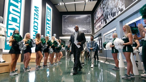 <p>               Mel Tucker, Michigan State's new football coach, enters a news conference Wednesday, Feb. 12, 2020, in East Lansing, Mich. (AP Photo/Al Goldis)             </p>