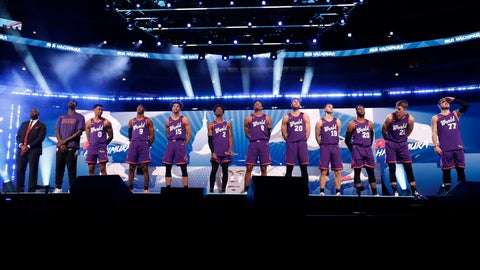 <p>               The World Team is introduced at the NBA Rising Stars basketball game in  Chicago, Friday, Feb. 14, 2020. (AP Photo/Nam Y. Huh)             </p>