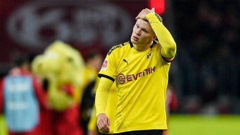 <p>               Dortmund's Erling Haaland reacts disappointed after losing the German Bundesliga soccer match between Bayer Leverkusen and Borussia Dortmund in Leverkusen, Germany, Saturday, Feb. 8, 2020. Leverkusen defeated Dortmund with 4-3. (AP Photo/Martin Meissner)             </p>