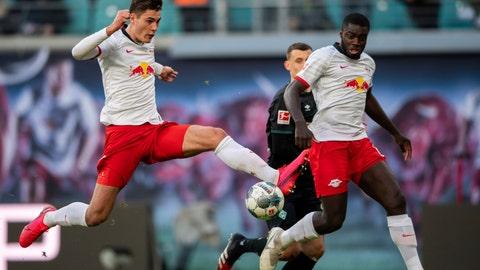 <p>               Leipzig's Patrik Schick, left, plays the ball during the German Bundesliga soccer match RB Leipzig against SV Werder Bremen in Leipzig, Germany, Saturday, Feb. 15, 2020. (Robert Michael/dpa via AP)             </p>