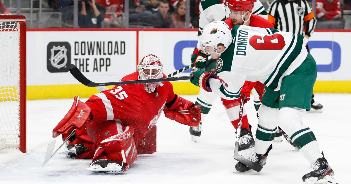 Wild thump Red Wings 7-1 as Jimmy Howard struggles again