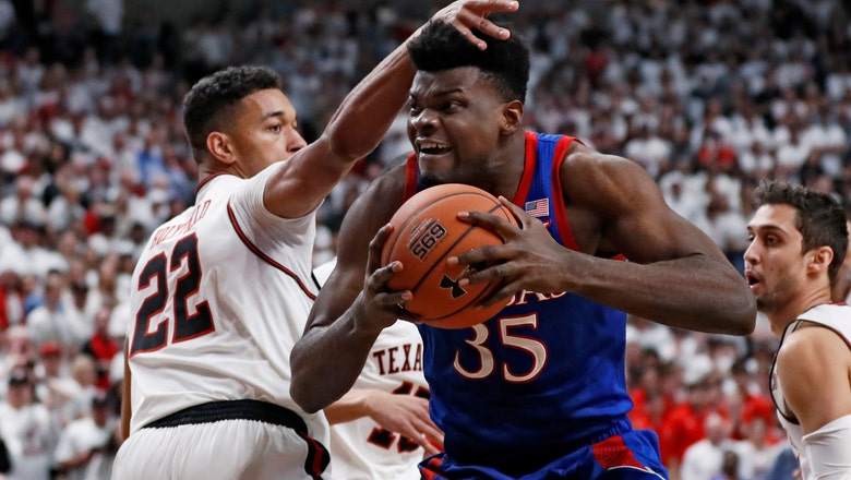 No. 1 Kansas outright Big 12 champ after 66-62 win at Tech