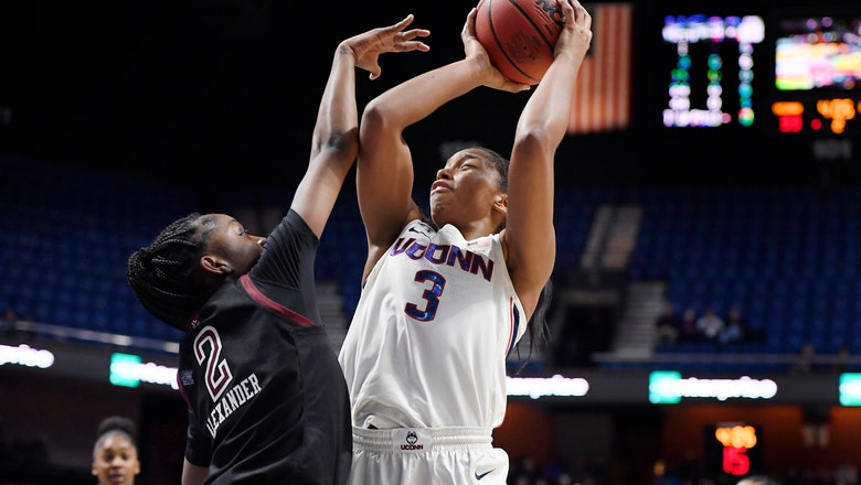 No. 5 UConn routs Temple, begins run at 7th AAC title in row