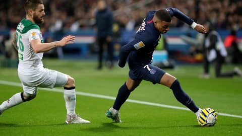 <p>               PSG's Kylian Mbappe, right, controls the ball next to Saint Etienne's Mathieu Debuchy during the French League Cup quarter final soccer match between Paris Saint Germain and Saint Etienne at the Parc des Princes stadium in Paris, Wednesday, Jan. 8, 2020. (AP Photo/Thibault Camus)             </p>