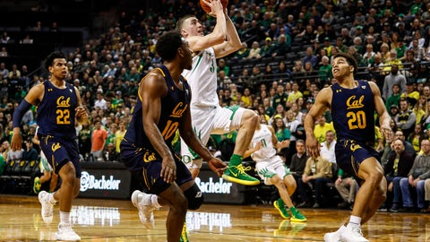 <p>               Oregon guard Payton Pritchard (3) shoots against California during the first half during an NCAA college basketball game in Eugene, Ore., Thursday, March 5, 2020. (AP Photo/Thomas Boyd)             </p>