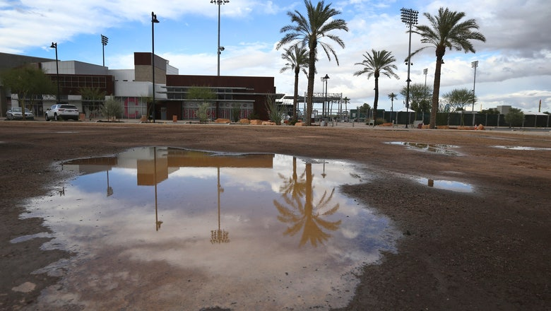 Indians pay minor leaguers during hiatus, closing complex