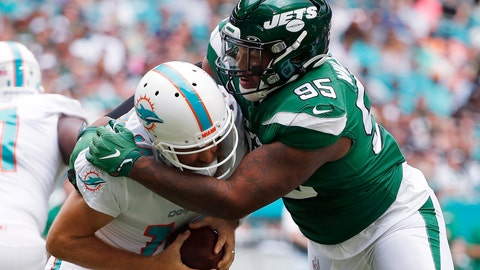 Jets' Quinnen Williams arrested for carrying gun at airport