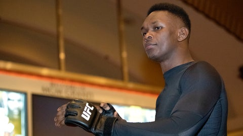 <p>               UFC middleweight champion Israel Adesanya, of Nigeria, prepares for a UFC 248 open workout, in Las Vegas on Wednesday, March 4, 2020. (Steve Marcus/Las Vegas Sun via AP)             </p>