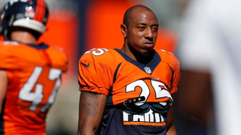 <p>               FILE - In this Aug. 5, 2019, file photo, Denver Broncos cornerback Chris Harris (25) takes part in drills during an NFL football training camp session in Englewood, Colo. Veteran cornerback Harrisis about to test unfettered free agency for the first time in his nearly decade-long career. (AP Photo/David Zalubowski, File)             </p>
