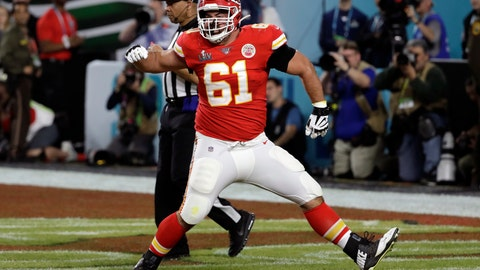 <p>               FILE - In this Feb. 2, 2020, file photo, Kansas City Chiefs offensive guard Stefen Wisniewski (61) reacts during the first half of the NFL Super Bowl 54 football game in Miami Gardens, Fla. The Pittsburgh Steelers officially signed the well-traveled Wisniewski to a two-year deal on Wednesday, March 25, 2020, bringing the veteran offensive lineman to his hometown. (AP Photo/Seth Wenig, File)             </p>