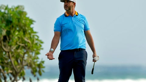 <p>               Scott Piercy tosses his ball after missing his birdie putt on the 16th green during the first round of the Sony Open PGA Tour golf event, Thursday, Jan. 9, 2020, at Waialae Country Club in Honolulu. (AP Photo/Matt York)             </p>