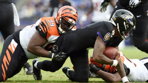 <p>               FILE - In this Sunday, Nov. 18, 2018 file photo, Cincinnati Bengals defensive tackle Andrew Billings, left, sacks Baltimore Ravens quarterback Lamar Jackson in the second half of an NFL football game in Baltimore. Cleveland added depth to its line by agreeing to a one-year deal contract with former Cincinnati Bengals tackle Andrew Billings, Thursday, March 19, 2020. (AP Photo/Gail Burton, File)             </p>