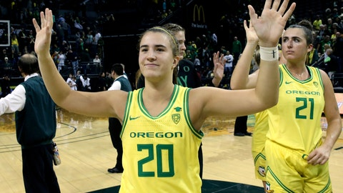 <p>               FILE - In this Nov. 16, 2019, file photo, Oregon's Sabrina Ionescu acknowledges the crowd with teammates after an NCAA college basketball game against Texas Southern in Eugene, Ore. Ionescu capped off a unprecedented college career by entering an exclusive club. Oregon's star guard was a unanimous choice Monday, March 23, 2020, as The Associated Press women's basketball player of the year. She was only the second player ever to the lone recipient of votes, joining Breanna Stewart, since the award was first given in 1995. (AP Photo/Chris Pietsch, FIle)             </p>