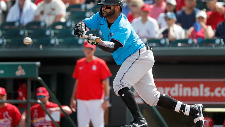 Marlins' Villar trying to get comfortable in center field
