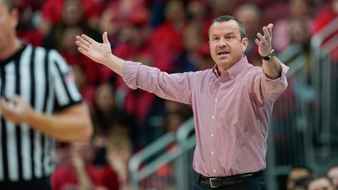 <p>               Louisville head coach Jeff Walz reacts to a play during the second half of an NCAA college basketball game against Virginia Tech, Sunday, March 1, 2020, at the KFC YUM Center in Louisville, Ky. (AP Photo/Bryan Woolston)             </p>