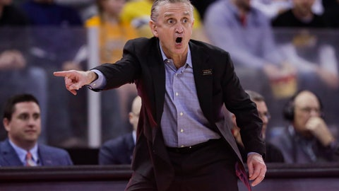 <p>               Illinois-Chicago coach Steve McClain reacts during in the first half of the team's NCAA college basketball game against Northern Kentucky for the Horizon League men's tournament championship in Indianapolis, Tuesday, March 10, 2020. (AP Photo/Michael Conroy)             </p>