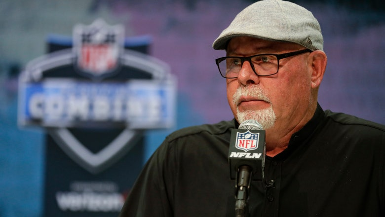 The Latest: AP source: Raiders agree to deal with Littleton