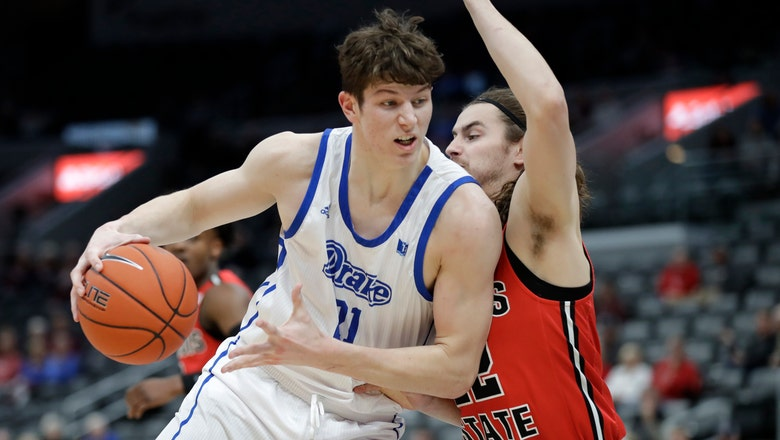 Robbins scores 18 to lift Drake past Illinois State 75-65 in Arch Madness opener