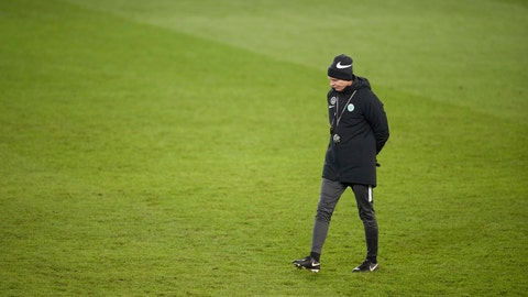 <p>               Wolfsburg head coach Oliver Glasner inspecting the pitch during a training session at Malmo Stadium ahead of tomorrow's Europa League soccer match against Malmo, in Malmo, Sweden, Wednesday Feb. 26, 2020. Wolfsburg will face Malmo in their Europa League round of 32 second leg match on Thursday. (Andreas Hillergren / TT via AP)             </p>